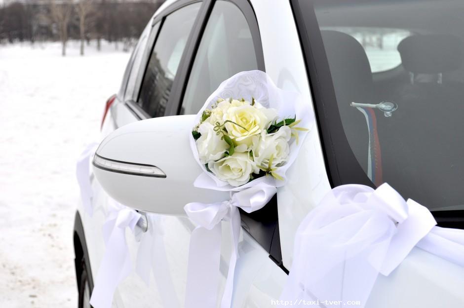 Украшение зеркал свадебных машин своими руками 45